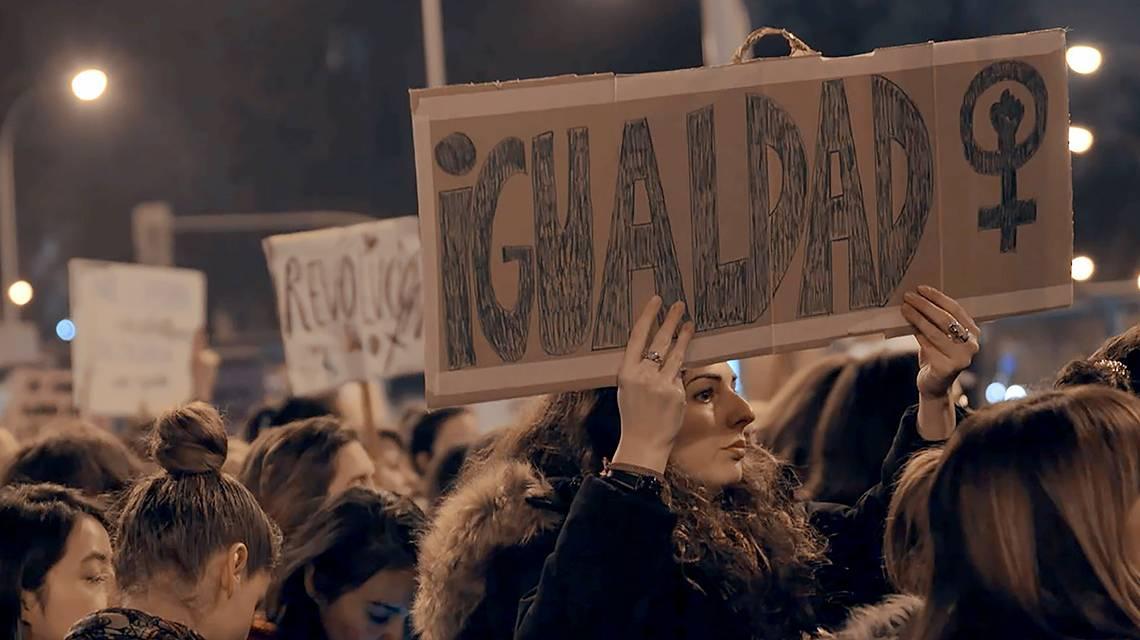 Chus Gutiérrez analiza los roles femeninos